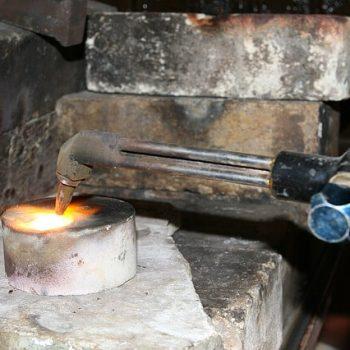 quién inventó el gas acetileno